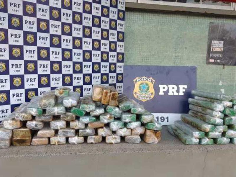 Dois homens são presos por tráfico de drogas e 70 Kg de maconha apreendidos em Vitória da Conquista