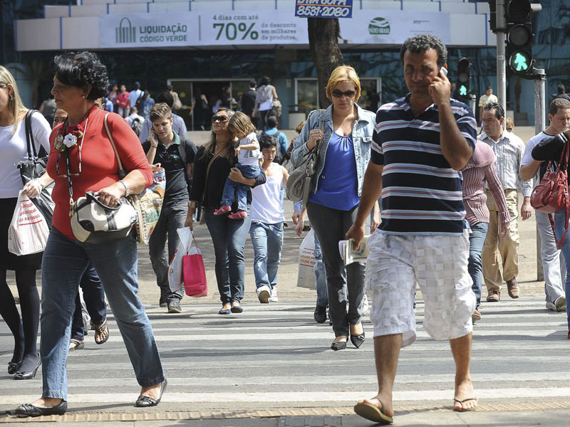 Taxa de desemprego cai em 16 estados, revela IBGE