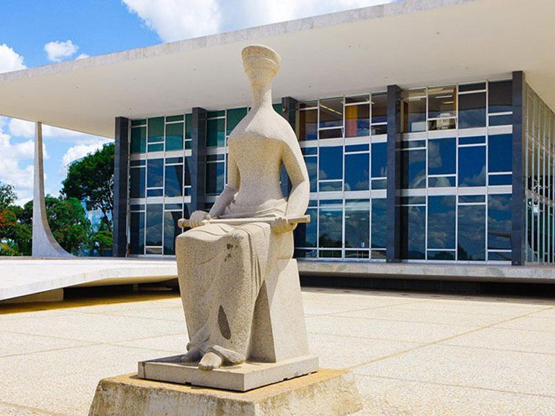 Ministra do STF determina que União garanta fornecimento de medicamentos do kit intubação para o Estado da Bahia