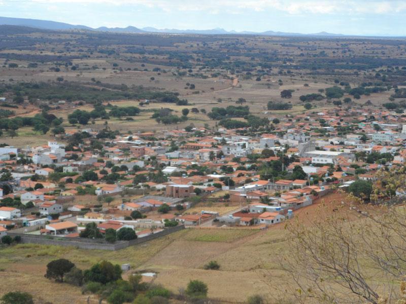 Governo o Estado suspende transporte em mais três cidades e autoriza retomada em Botuporã e Iramaia