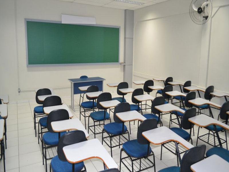 Capes anuncia novo corte de 2,7 mil bolsas de mestrado, doutorado e pós-doutorado