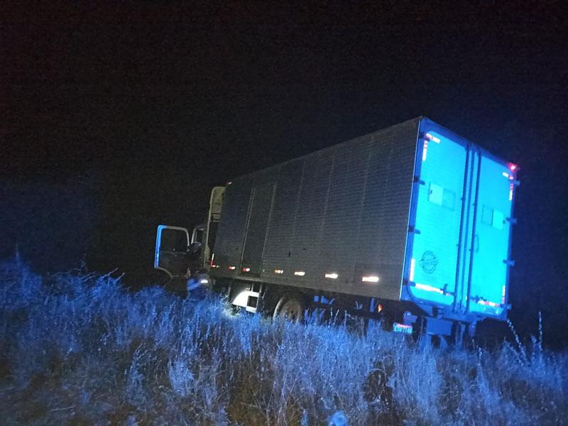 Motorista com problemas psicológicos se joga do caminhão que dirigia na BA-148 trecho de Dom Basílio