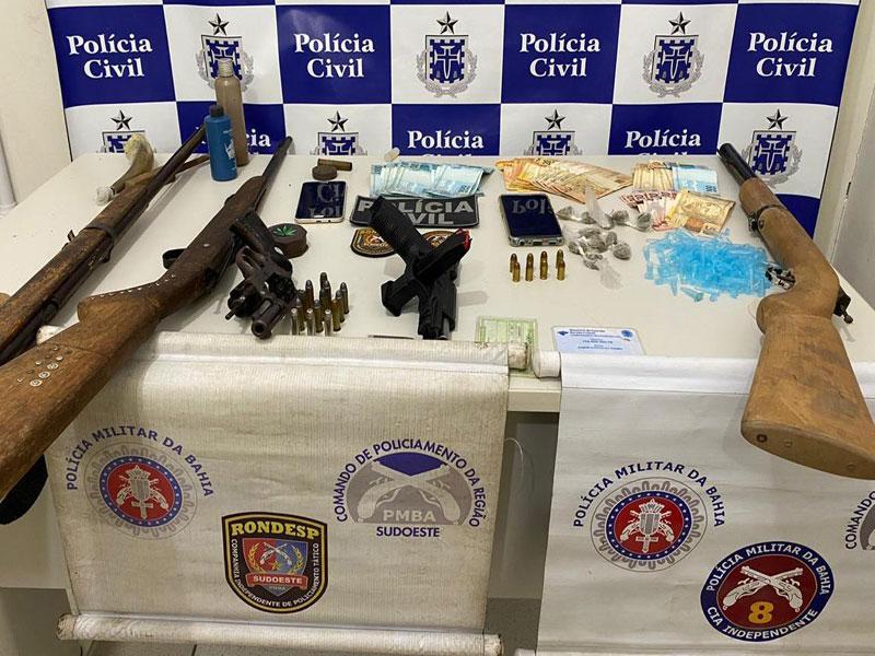 Operação integrada desmonta quadrilha liderada por presidiário em Iguaí