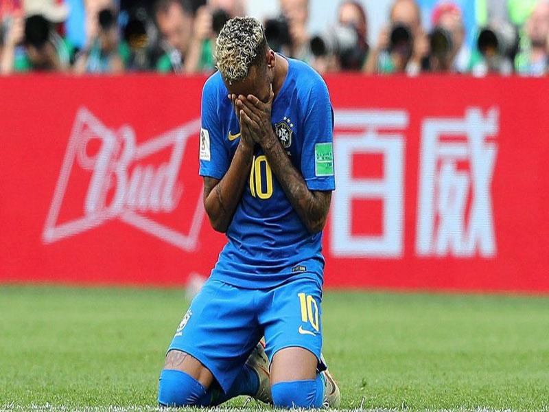 Mansões de Neymar na praia estão bloqueadas pela Justiça