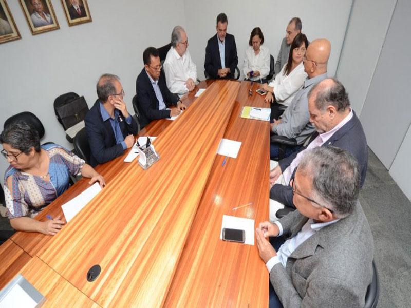 Fórum de Reitores das UEBA debate com deputados federais perspectivas para Educação Pública