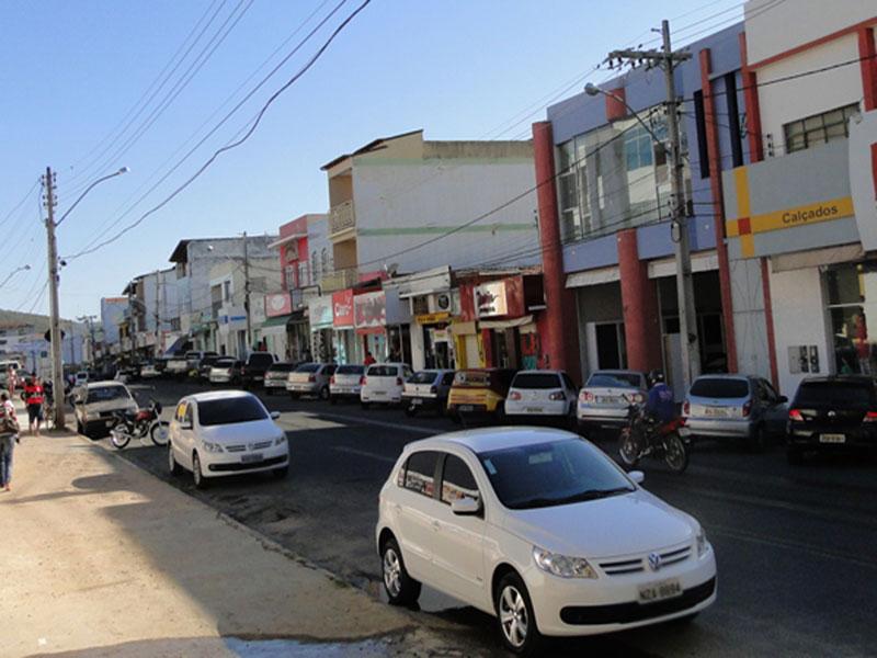 Brumado: Cidade seguirá Decreto Municipal mantendo comércio aberto e sem toque de recolher, diz site