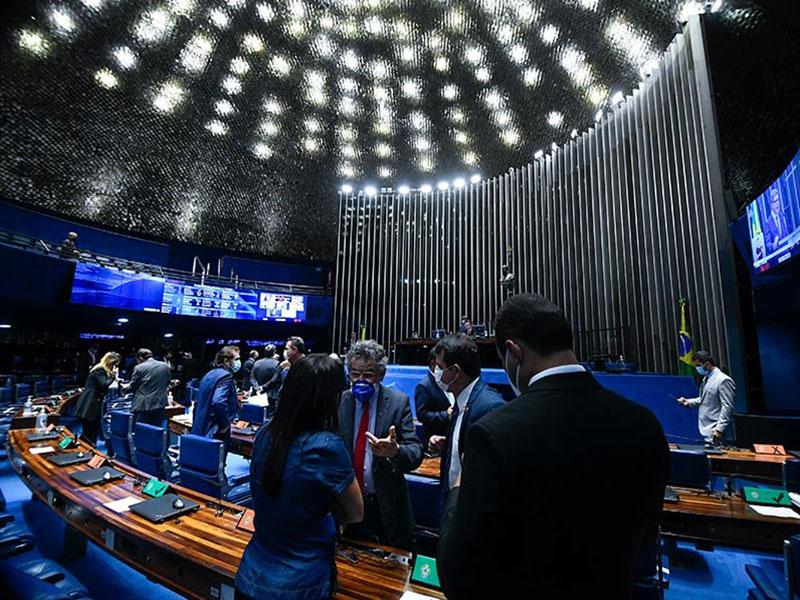 Senado aprova em primeiro turno PEC Emergencial com auxílio limitado a R$ 44 bi