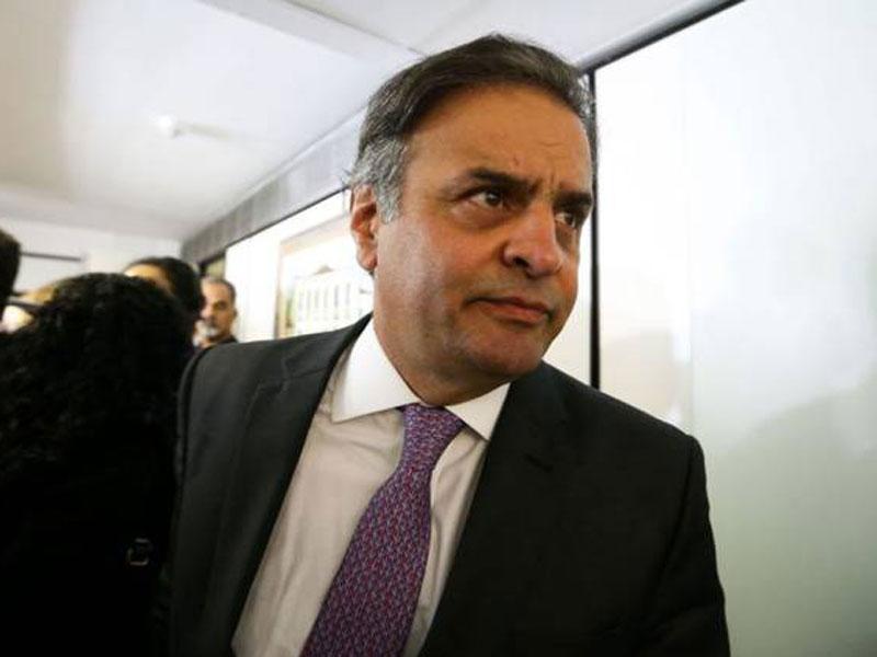 Aliados de Doria pressionam por expulsão de Aécio do PSDB