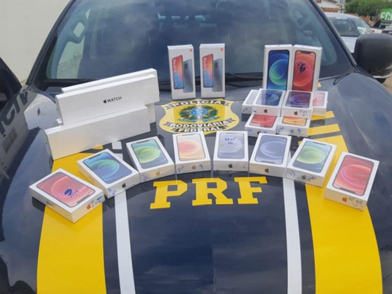 Conduzindo uma BMW, homem é flagrado pela PRF na Bahia com 19 celulares sem nota-fiscal