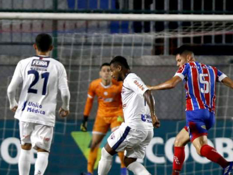 Bahia de Feira chega à final do Baianão após vencer Bahia por 3 a 0