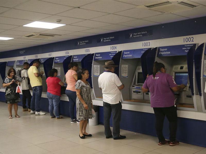 Caixa paga hoje auxílio emergencial a 1,6 milhão de pessoas