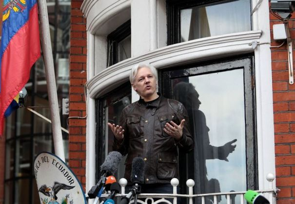 Fundador do Wikileaks, Julian Assange é preso em Londres