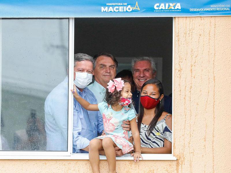 Governo Federal e CAIXA entregam 500 unidades habitacionais em Maceió